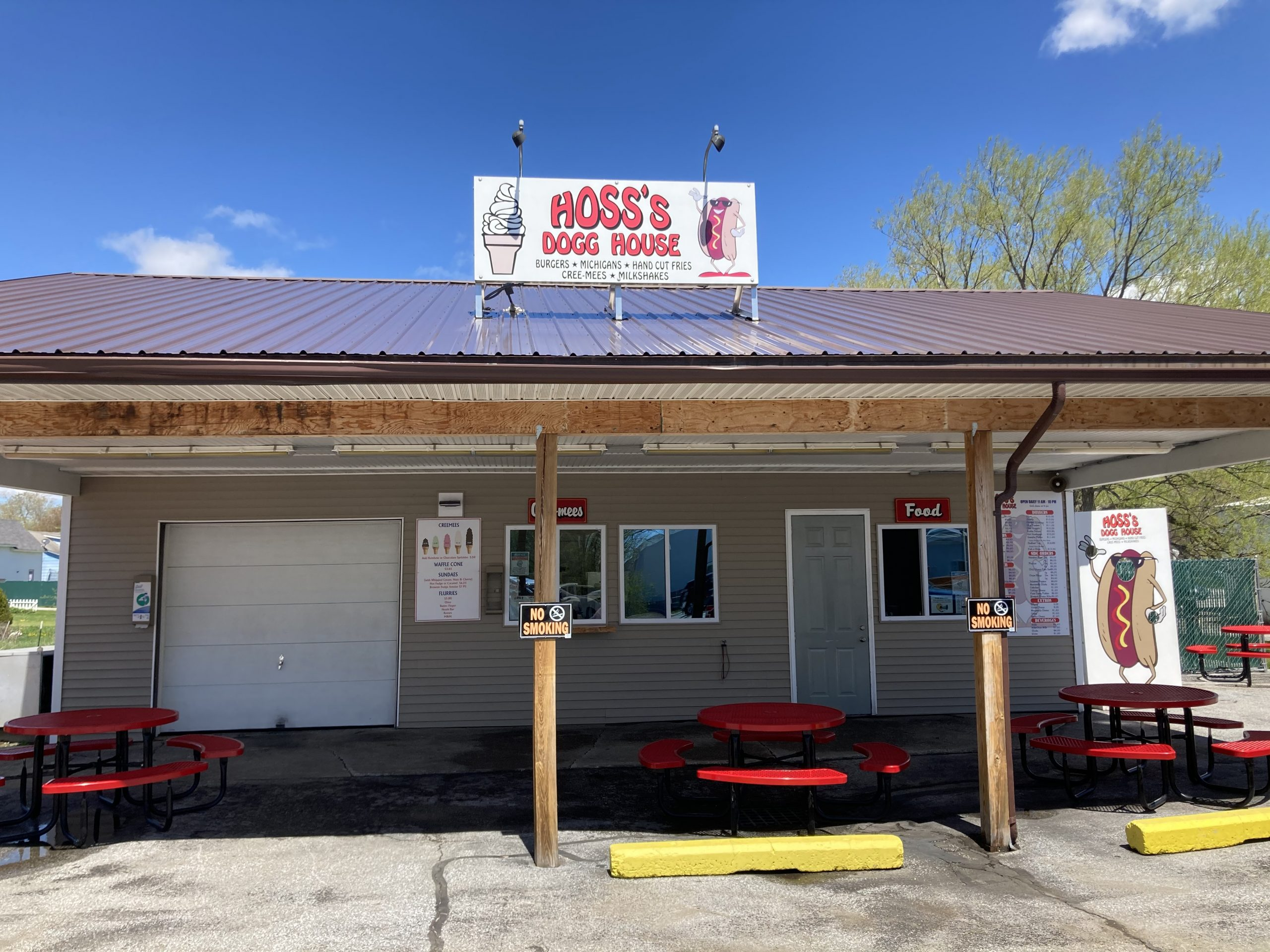 Hoss's Dogg House is now open